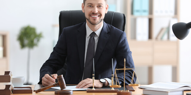 Benefits of Hiring a Notary Public
